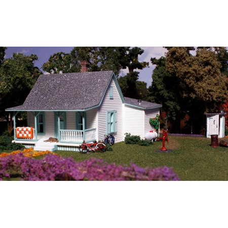 - HO KIT Granny's House WOOPF5186, Woodland Scenics PF5186 Pre-Fab Country Cottage HO, PF5186 By Woodland Scenics