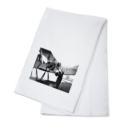 William Boeing delivering first international mail - Vintage Photograph (100% Cotton Kitchen (Boeing Photo)