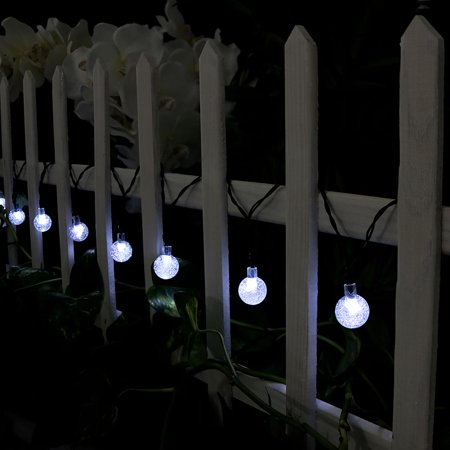 Sunnydaze 20 Foot 30-Count LED Solar Powered String Lights Outdoor Globe, White ()