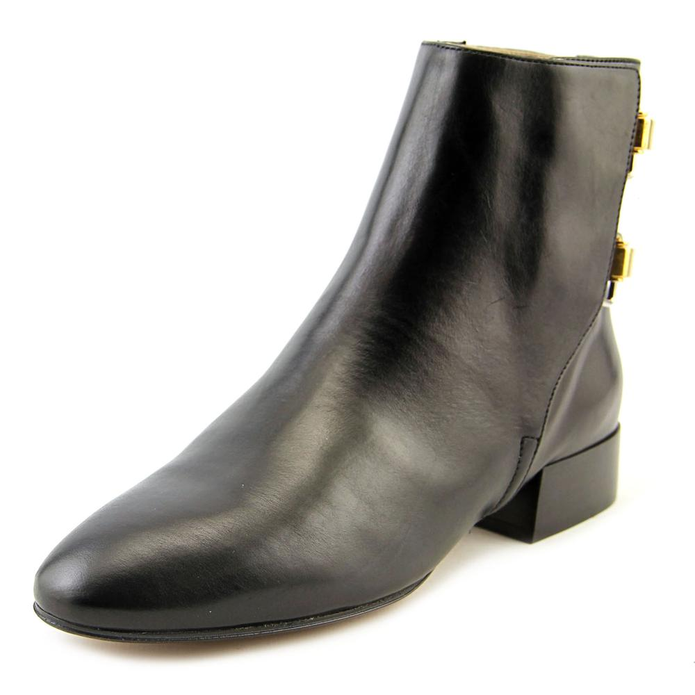 Chloé Leather Rounded-Toe Boots