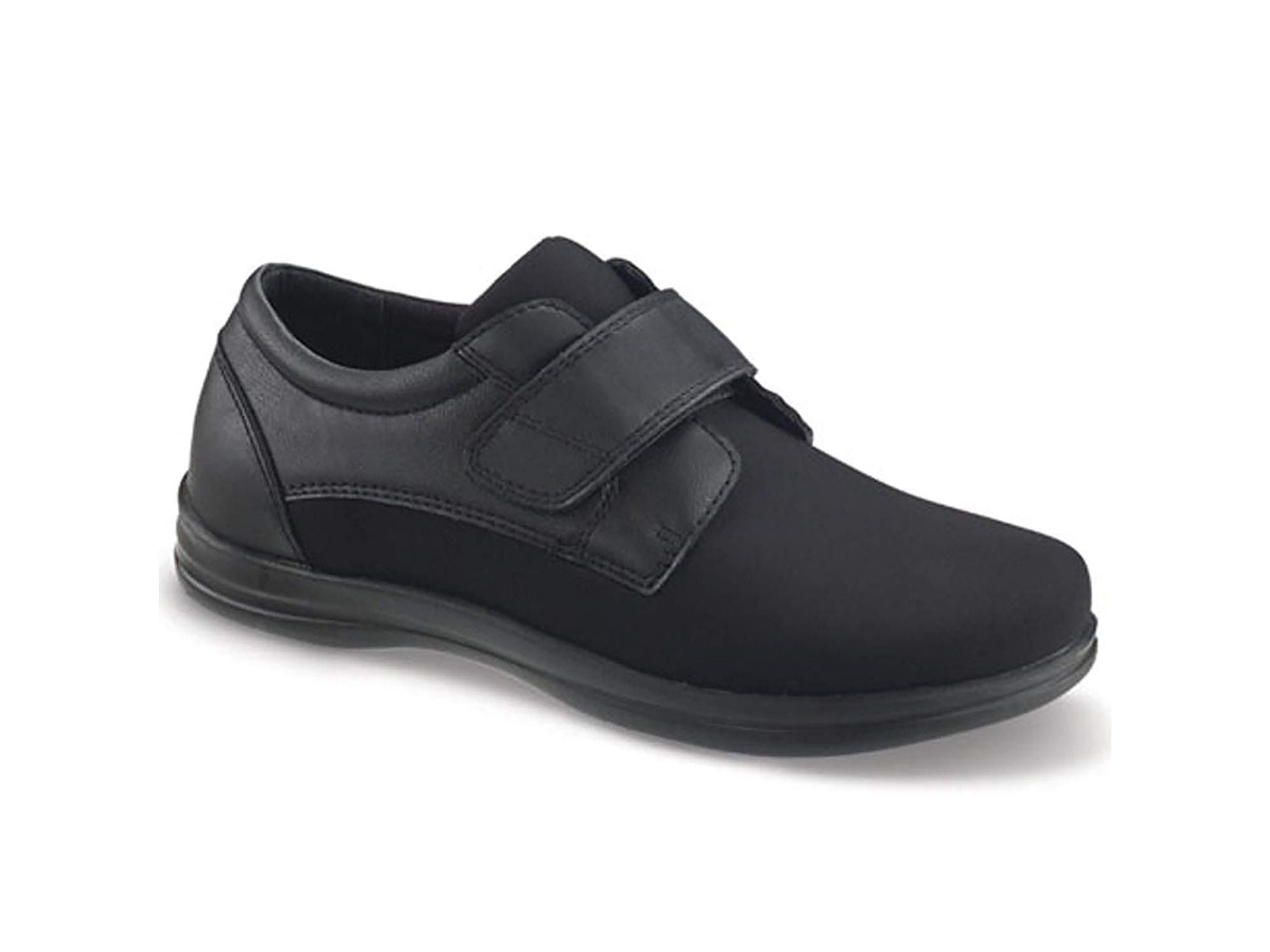 Apex Women's A3000WX09 Oxford Flat, Black, Size 10.0