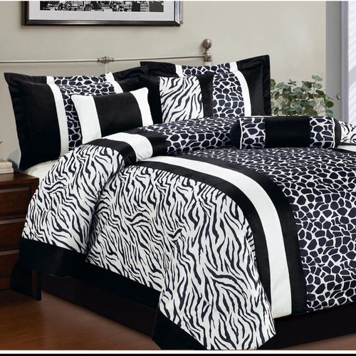 LaCozee Safari 7 Piece Comforter Set
