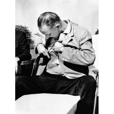 President Lyndon Johnson Shows The Press His Gall Bladder Surgery Scars For Years History