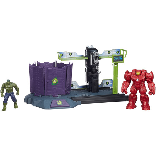 Marvel Avengers HQ Hulk Buster Breakout Set by Hasbro