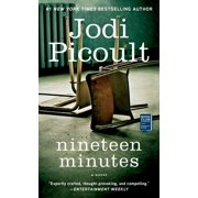 Nineteen Minutes (Paperback)