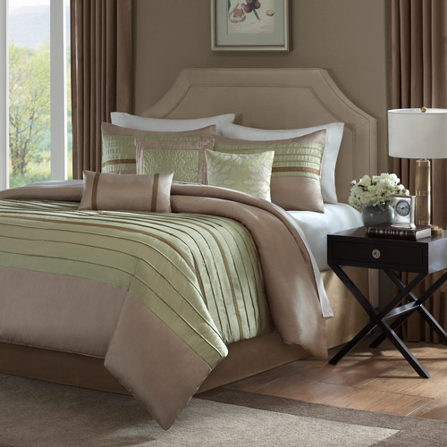Simione Comforter Set