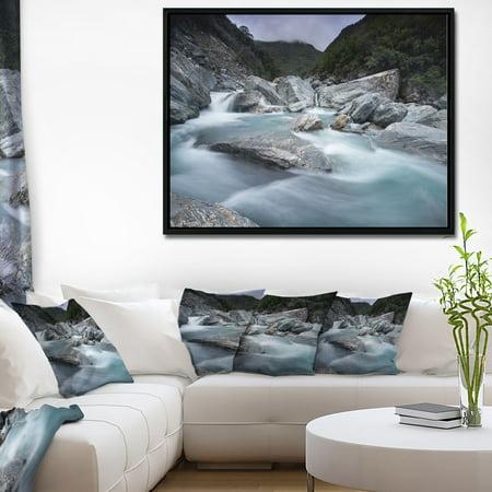DESIGN ART Designart 'Slow Motion Mountain River and Rocks' Landscape Framed Canvas Art Print Slow Motion Handle