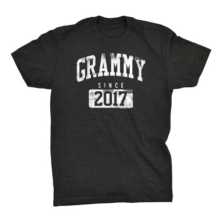 GRAMMY Since 2017 - New Grandmother Gift T-shirt - 001 - Dk. Heather