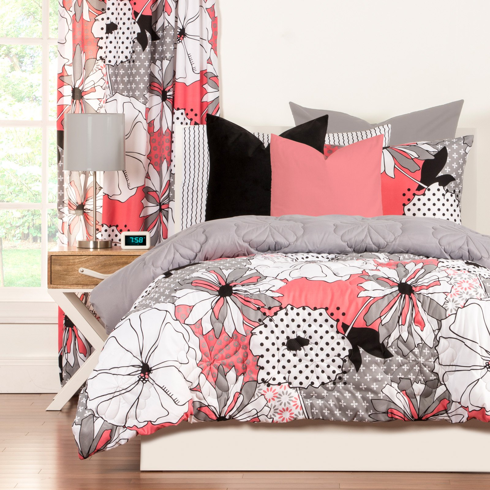Crayola Flower PatchTwin Comforter Set