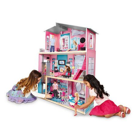 Here at Toys R Us, we have a huge range of kids' toys & games including outdoor toys, arts & crafts, action figures and more. Shop the range online today.
