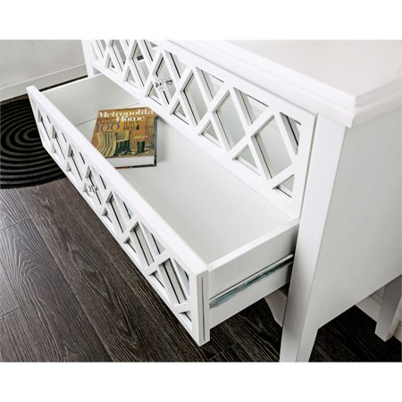 Furniture of America Amelia Contemporary Wood Accent Chest in White - image 1 of 3