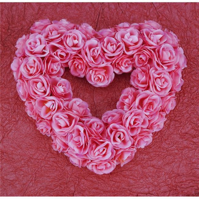 Posterazzi DPI1796808LARGE Heart-Shaped Floral Arrangement Poster Print by Darren Greenwood, 24 x 24 - Large - image 1 de 1
