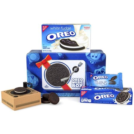Holiday Fudge - Oreo Music Box Cookie Record Player – Collectible Holiday Gift Tin – Includes White Fudge Oreo, Regular Oreo, Oreo Thins