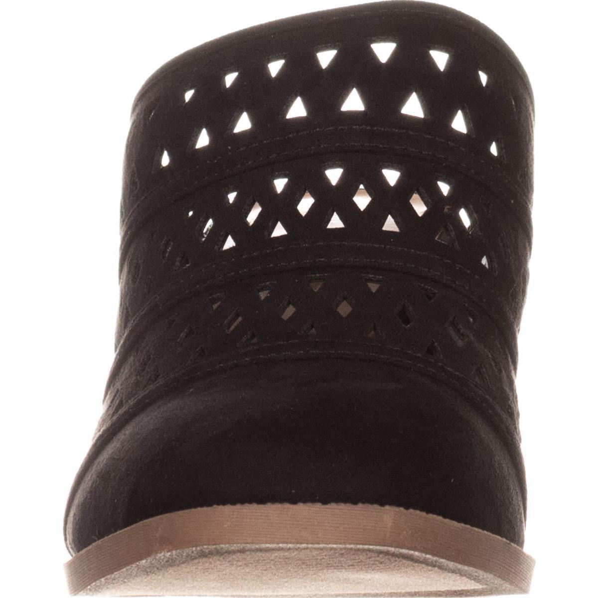 Womens SC35 Jordii Perforated Block-Heel Black Mule Pumps, Black Block-Heel 55f071