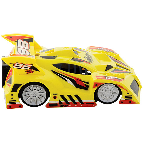 Air Hogs Zero Gravity Mini Yellow Rally Remote-Control Car
