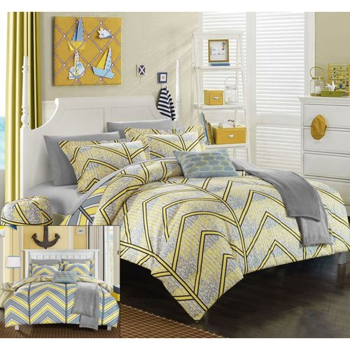 10 Piece Amaretto Chevron and Geometric printed REVERSIBLE Comforter Set Includes Sheets, Duffle Hamper and Fleece Throw