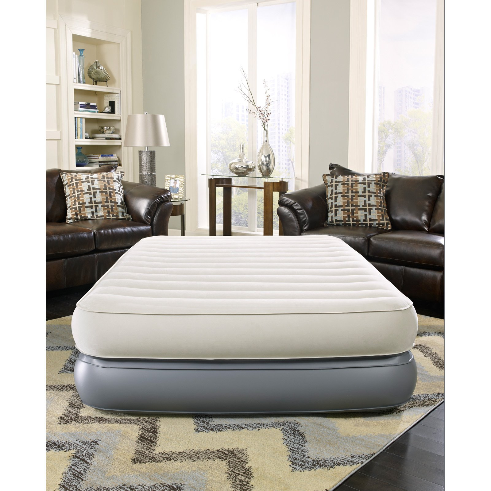 Simmons Beautyrest Comfort Suite 18 inch Queen Size Air Bed With Built In Pump by