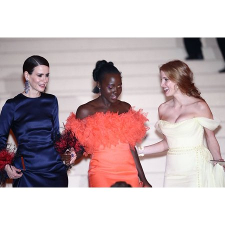 Sarah Paulson Lupita NyongO Jessica Chastain At Departures For Rei Kawakubo & Comme Des Garcons Costume Institute Gala - Departures Metropolitan Museum Of Art New York Ny May 1 2017 Photo By John Naci](Des Photo D'halloween)