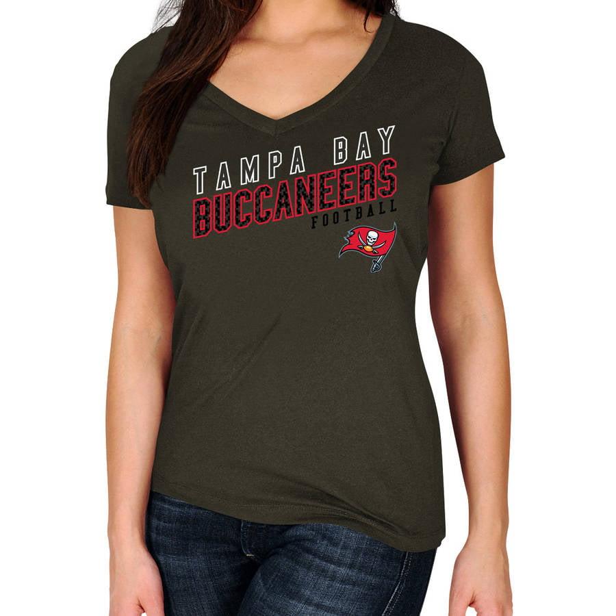 NFL Tampa Bay Buccaneers Plus Size Women's Basic Tee