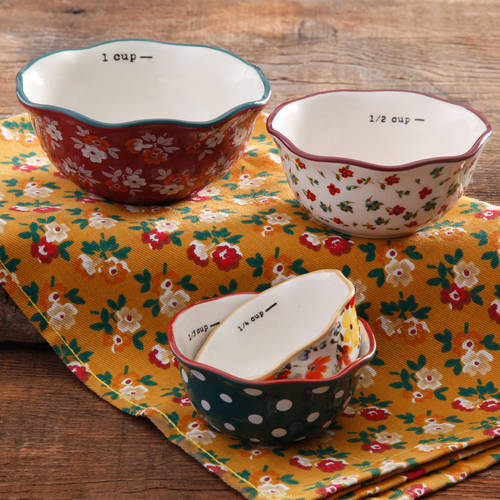 The Pioneer Woman 4-Piece Measuring Bowl Set