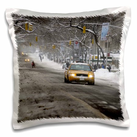3dRose Christmas in New York, Snow blizzard on Fifth Avenue - Pillow Case, 16 by 16-inch ()