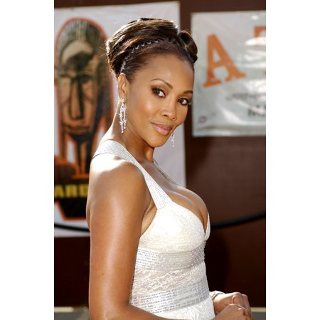 Vivica Fox At Arrivals For The 20Th Annual Soul Train Music Awards Pasadena Civic Auditorium Pasadena Ca March 04 2006 Photo By Michael GermanaEverett Collection