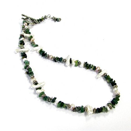 Linpeng Green Color Stone Pearlized Chips Beads Toggle Necklace, Dark