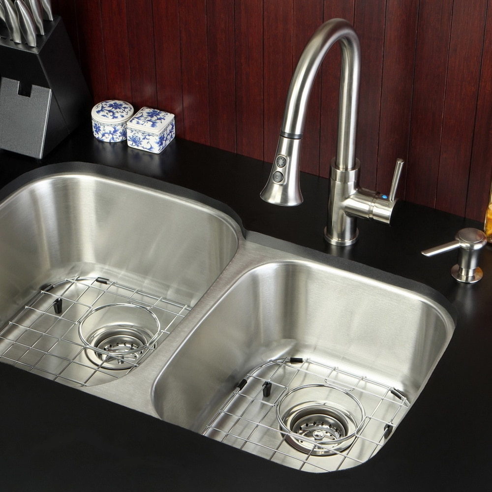 Kingston Brass Undermount Stainless Steel 32-inch Double Bowl Kitchen Sink Combo