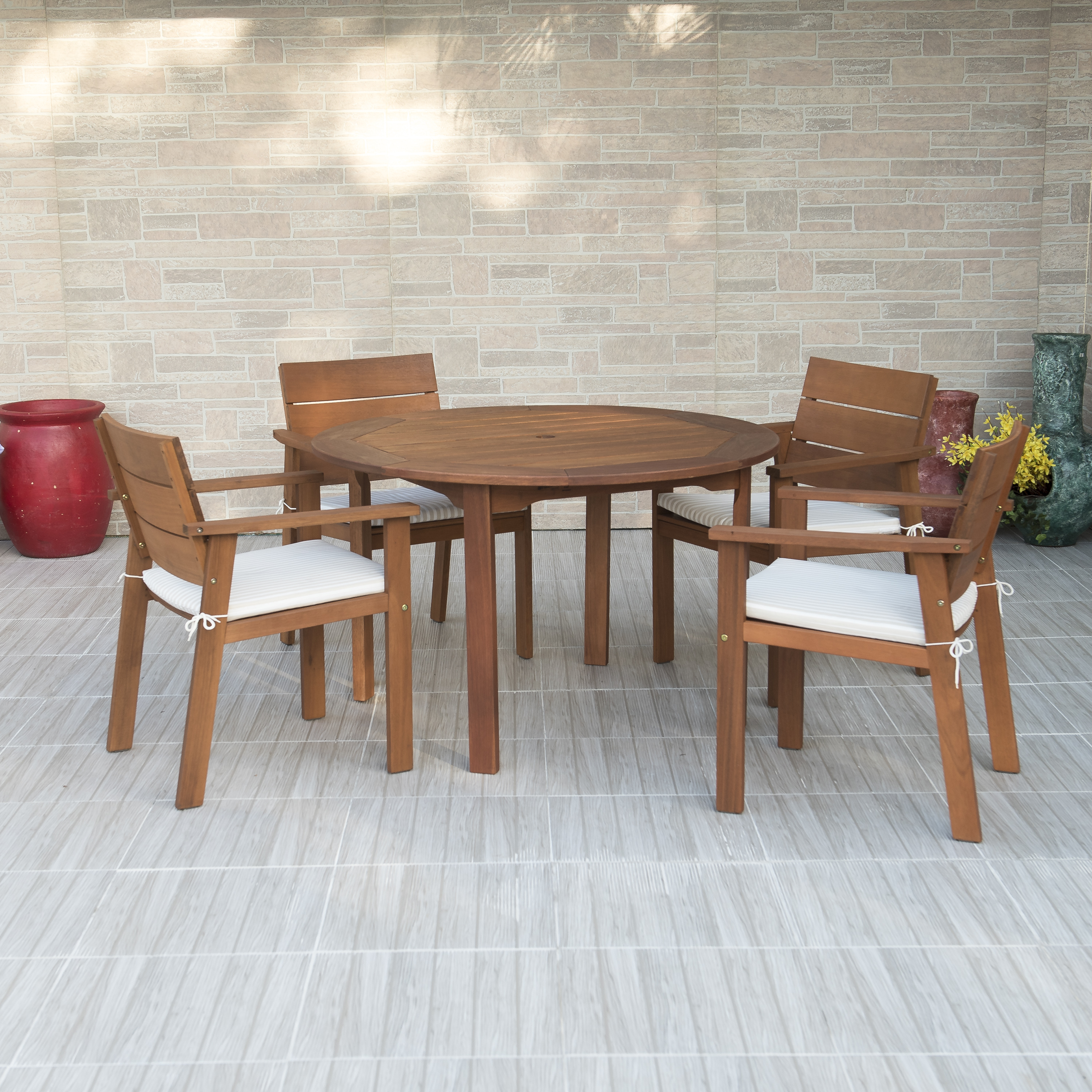 Nelson Eucalyptus 5-Piece Round Patio Dining Set