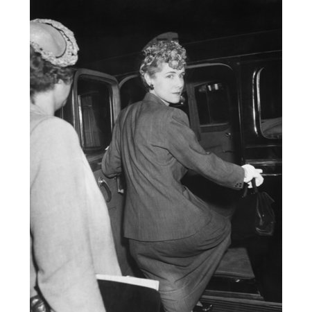 Congresswoman Clare Booth Luce Arrives In Chicago For The Republican National Convention June 6 - Chicago Halloween Convention