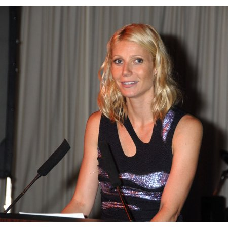 Gwyneth Paltrow In Attendance For Children Of The CityS Champions Of Hope Benefit Gala Tribeca Rooftop New York Ny July 29 2009 Photo By Rob RichEverett Collection Celebrity - Kid City Stores