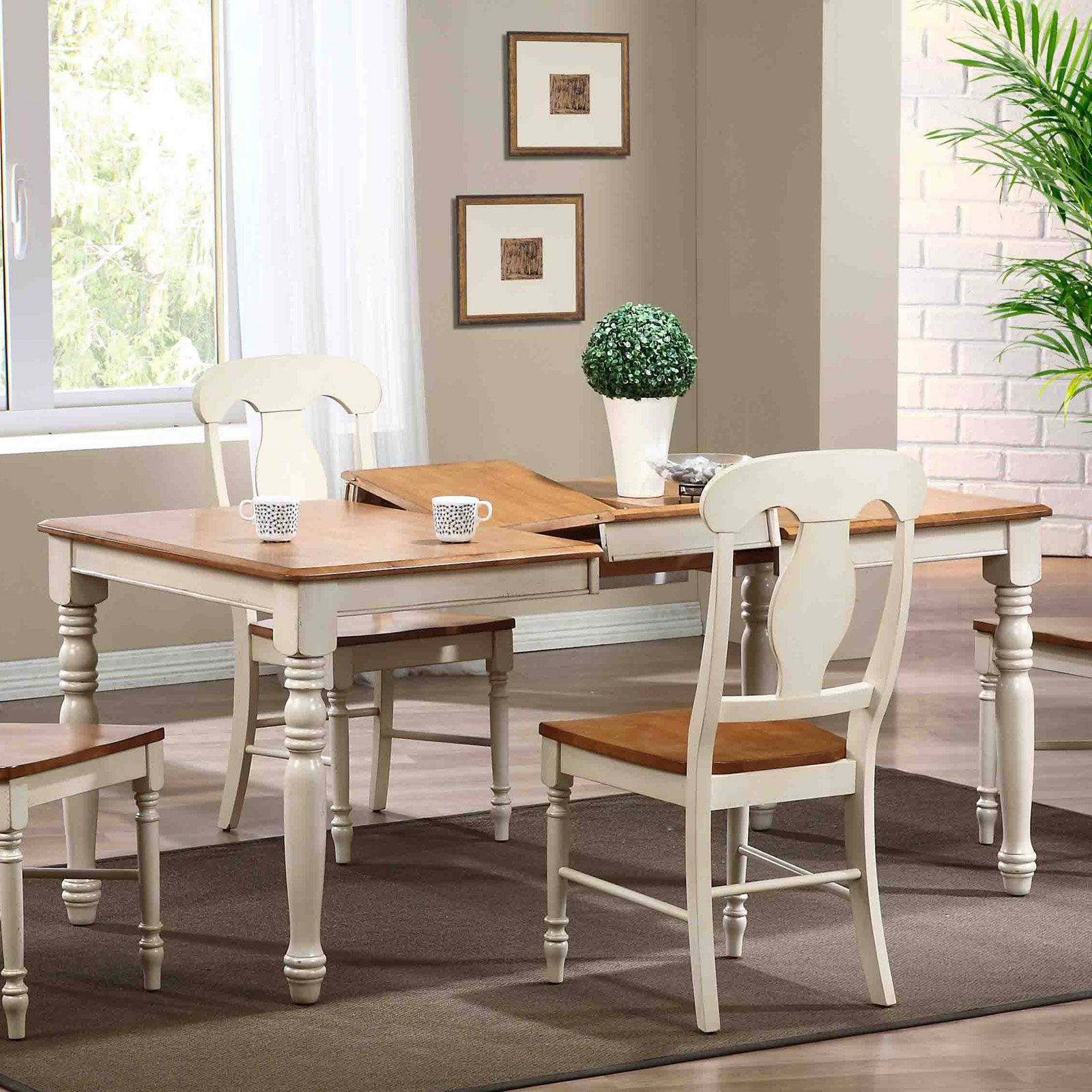 Iconic Furniture Turned Leg Rectangular Dining Table - Biscotti / Caramel