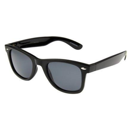 Foster Grant Men's Black Retro Sunglasses GG02 - Black Retro Sunglasses
