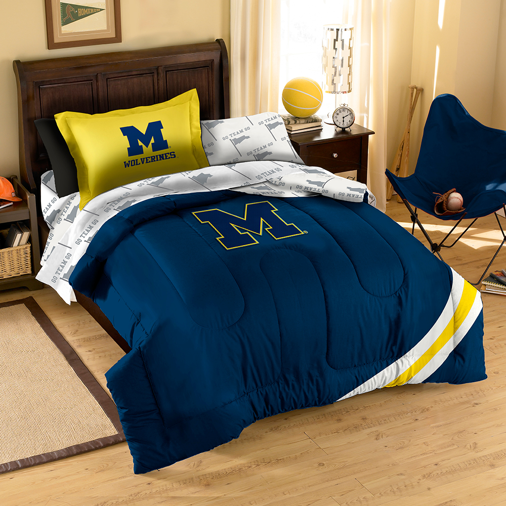 Michigan Wolverines NCAA Bed in a Bag (Contrast Series)(Twin)