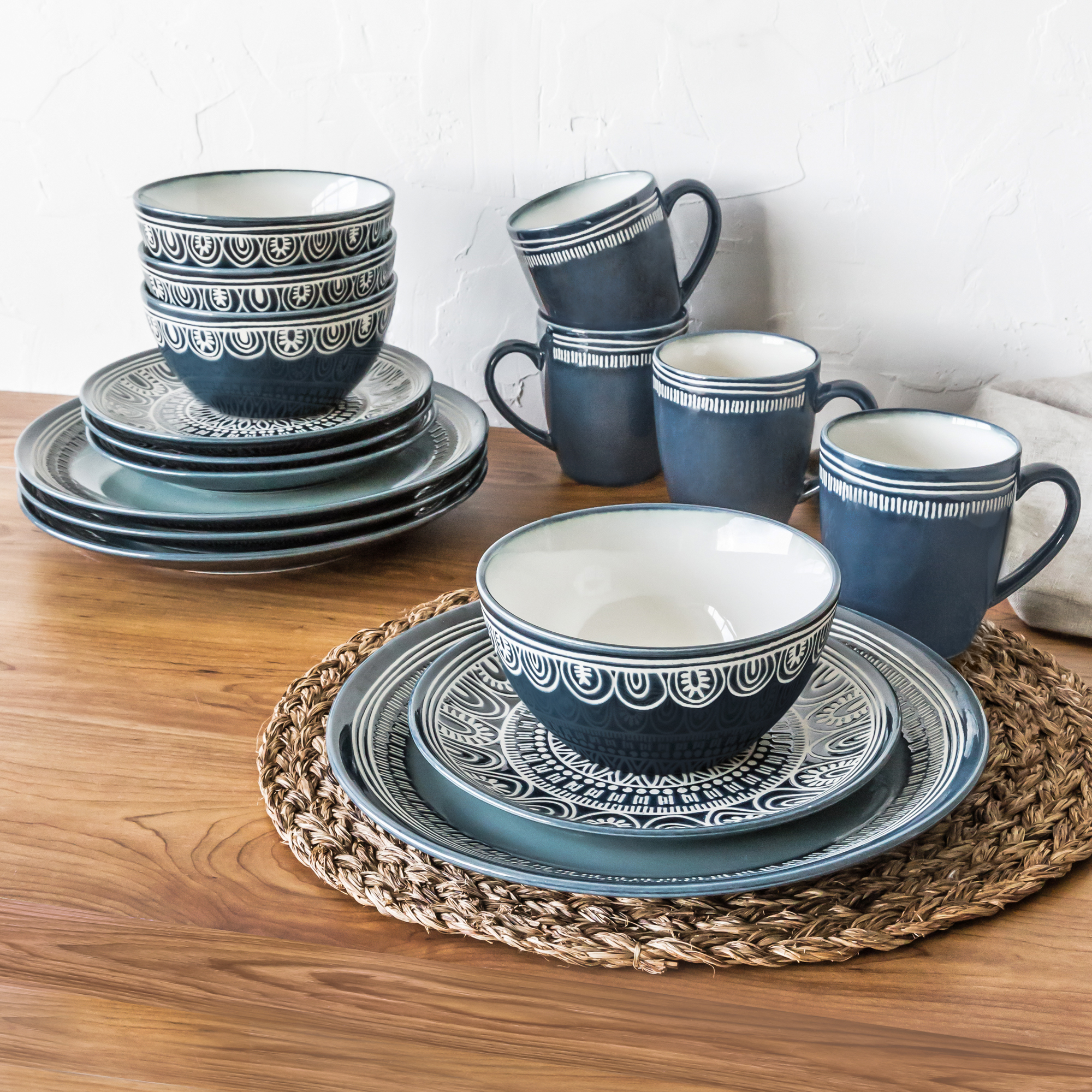 Better Homes And Gardens Teal Medallion 16 Piece