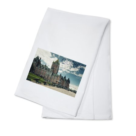 Quebec, Canada - Chateau Frontenac Cannons - Lantern Press Photography (100% Cotton Kitchen Towel)
