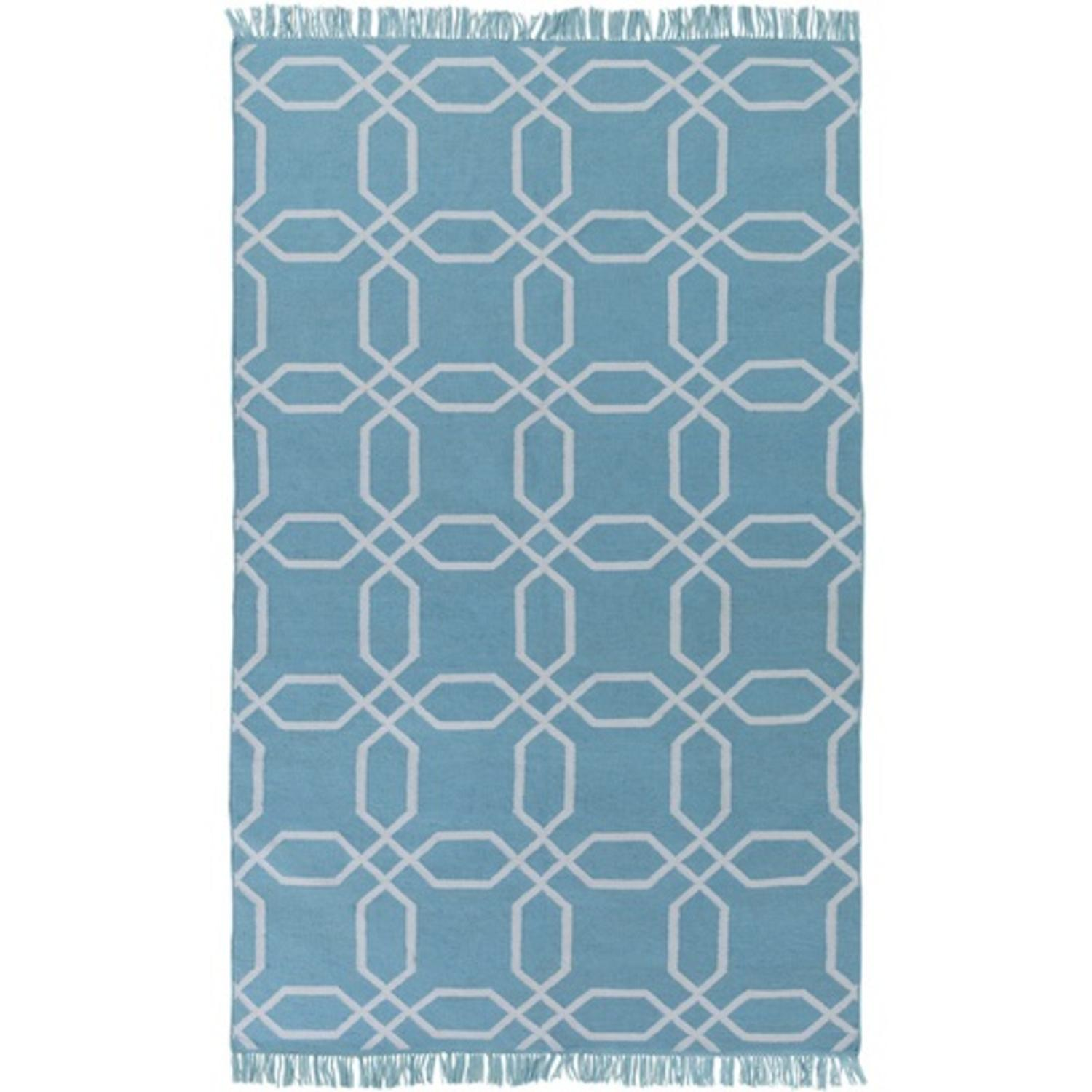 3.6' x 5.6' Octagon Lagoon Light Blue and Ivory Reversible Shed-Free Area Throw Rug