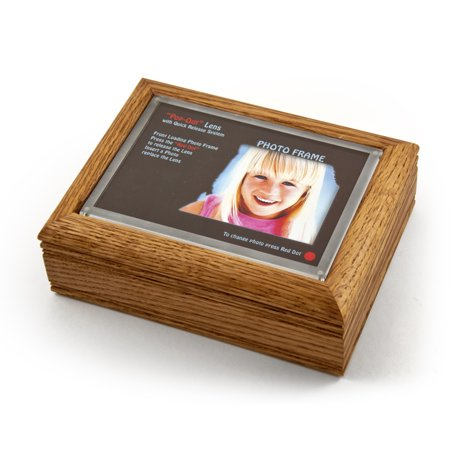 "4"" X 6"" Oak Photo Frame Music Box With New Pop-Out Lens System - Yankee Doodle"