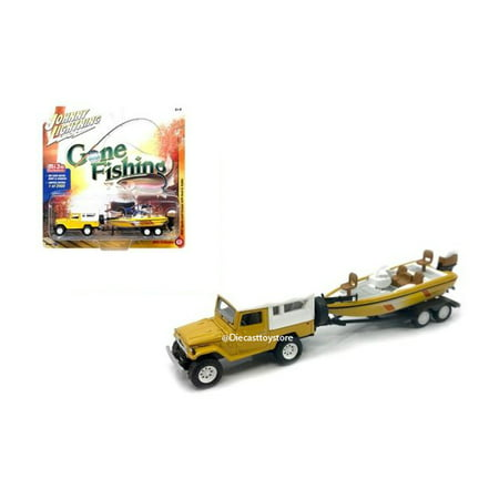 JOHNNY LIGHTNING 1:64 GONE FISHING 2017 VERSION B - 1980 TOYOTA LAND CRUISER WITH WHITE SOFT TOP, BOAT & TRAILER - MIJO EXCLUSIVES YELLOW JLCP7033-24 - Halloween 1980 Trailer