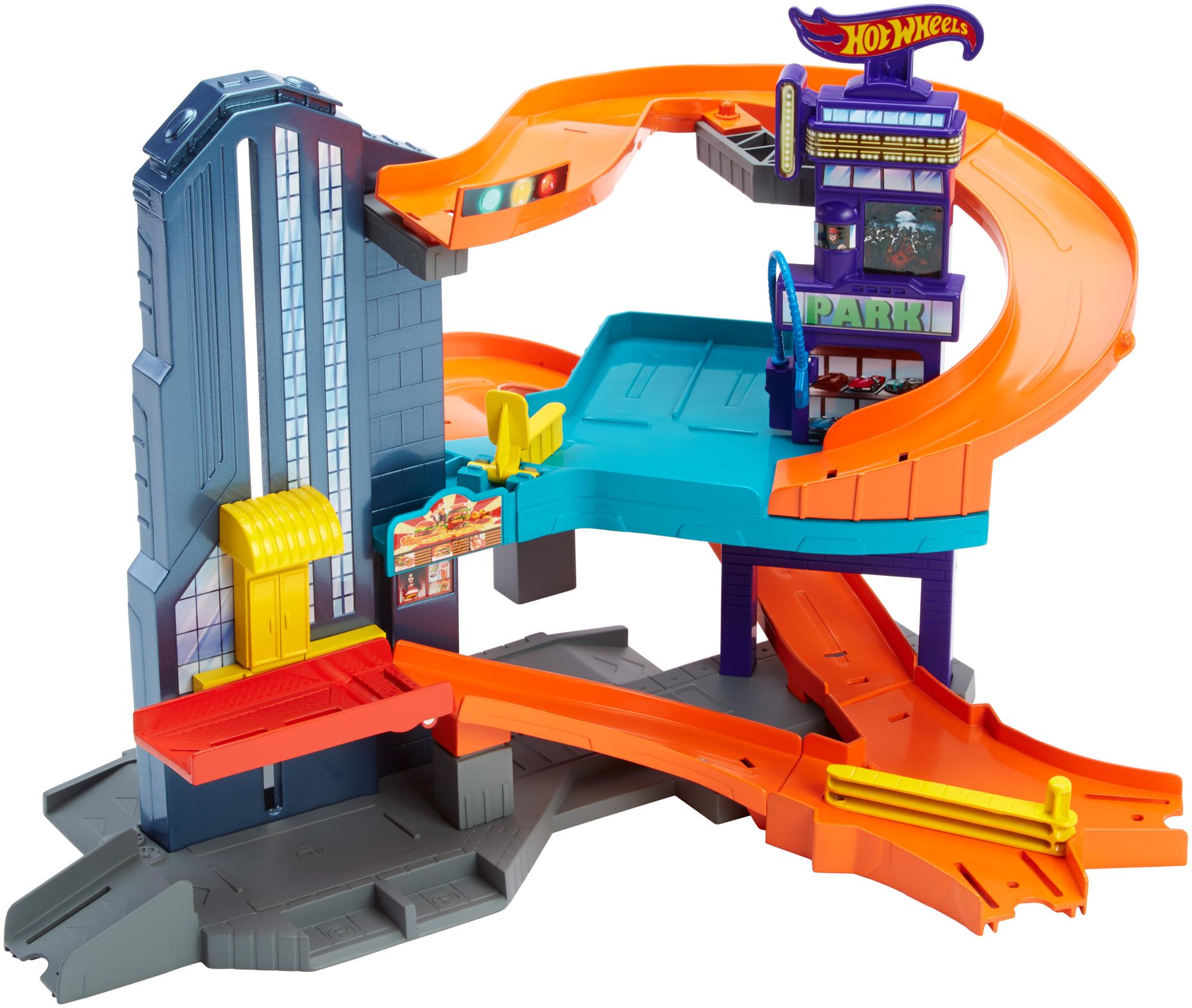 Hot Wheels Speedtropolis Track Set by Mattel
