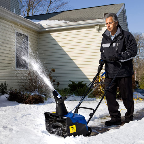 "Snow Joe Ultra 18"" 15-Amp Electric Snow Blower ��� SJ622E"