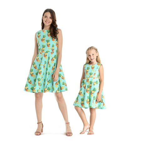 Matching Hawaiian Luau Mother Daughter Vintage Fit and Flare Dresses in Halloween Pineapple Skull M-2