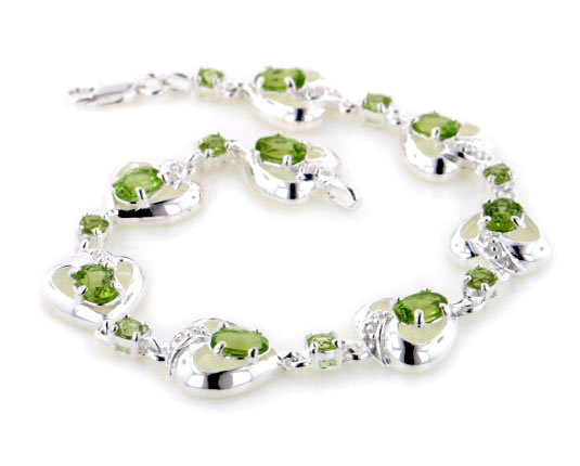 Sterling Silver 5.2cttw Natural Green Peridot Heart Bracelet Gift Boxed by