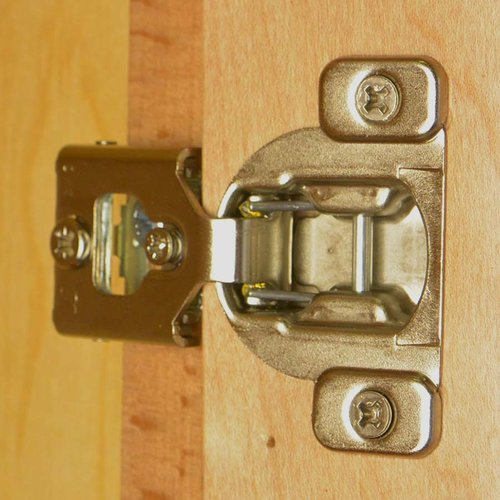 Blum Compact 38N Hinge and Mounting Plate 3/8 inch Overlay 38N355C.06