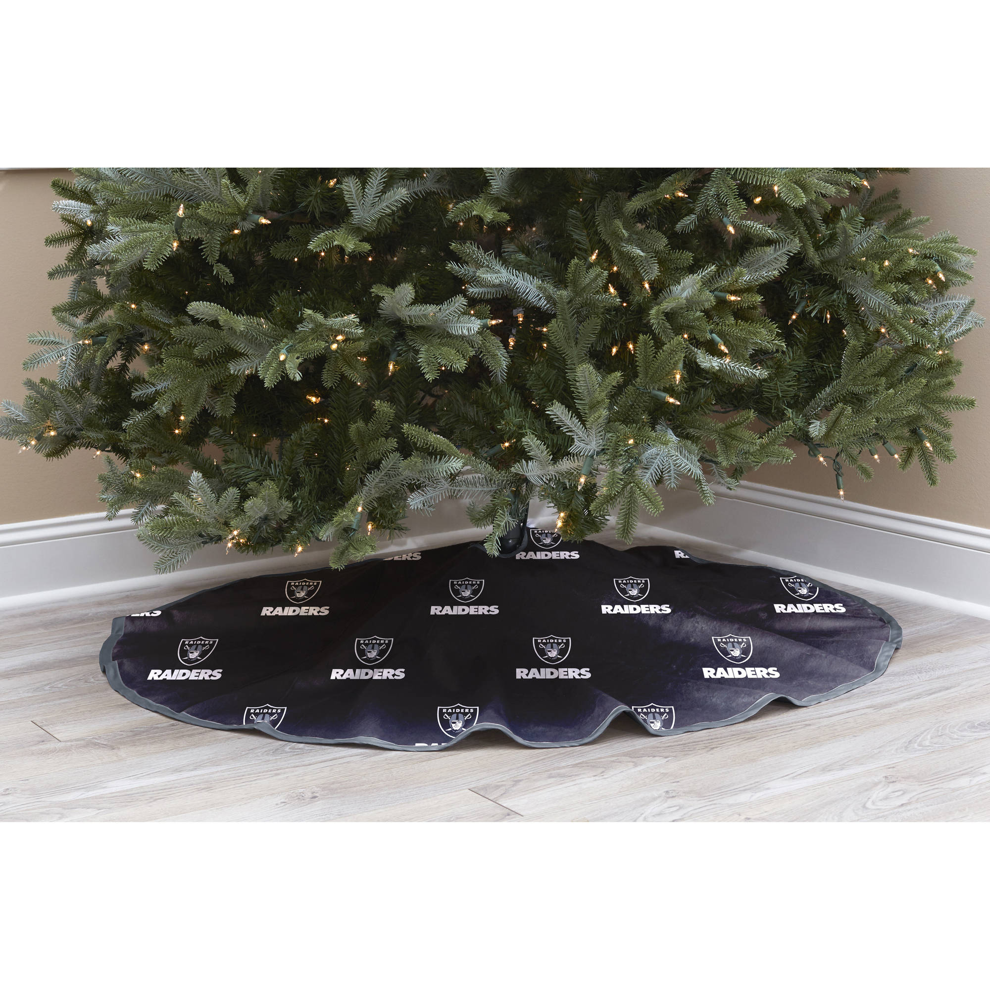 NFL Licensed Logo Christmas Tree Skirt, Oakland Raiders - Walmart.com
