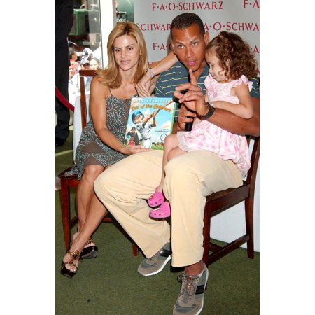 Alex Rodriguez Cynthia Rodriguez At In-Store Appearance For Out Of The Ballpark Book Reading To Benefit The Arod Family Foundation Fao Schwarz Toy Store New York Ny July 20 2007 Photo By Kristin Calla (Alex Schwarz)