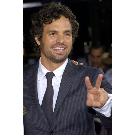 Mark Ruffalo At Arrivals For Just Like Heaven Premiere GraumanS Chinese Theatre Los Angeles Ca Thursday September 08 2005 Photo By David LongendykeEverett Collection Celebrity