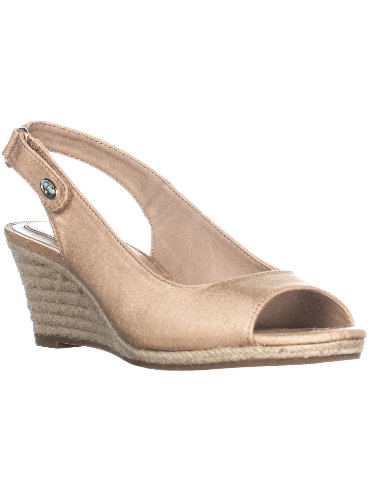 Womens CC35 Samiee Wedge Heel Espadrilles Sandals, Blush, 9 US