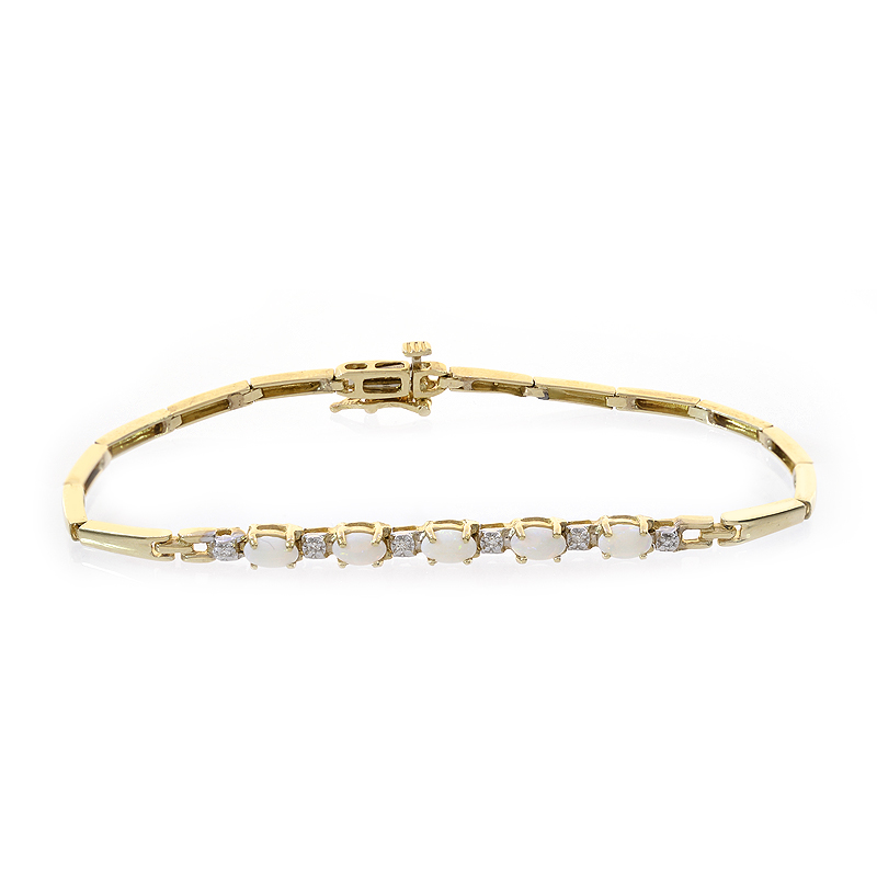 0.05 Carat Diamond and 1.00 Carat Opal 14k Yellow Gold Link Bracelet by