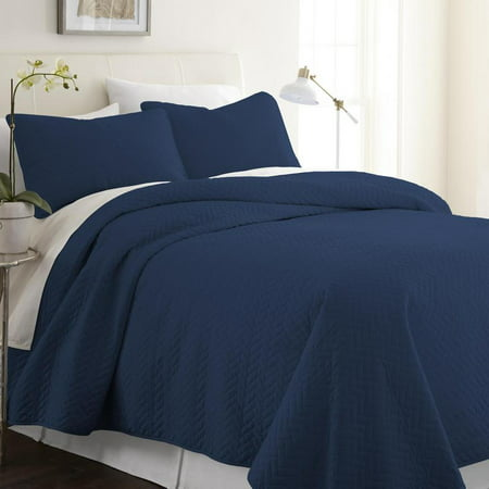 3 Piece Premium Ultra Soft Quilted Coverlet Set by ienjoy home